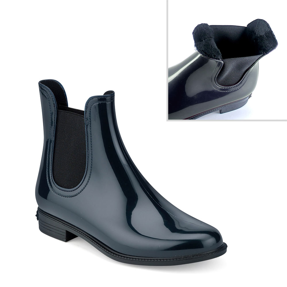 Chelsea boot in Night blue pvc with synthetic sheared faux fur lining