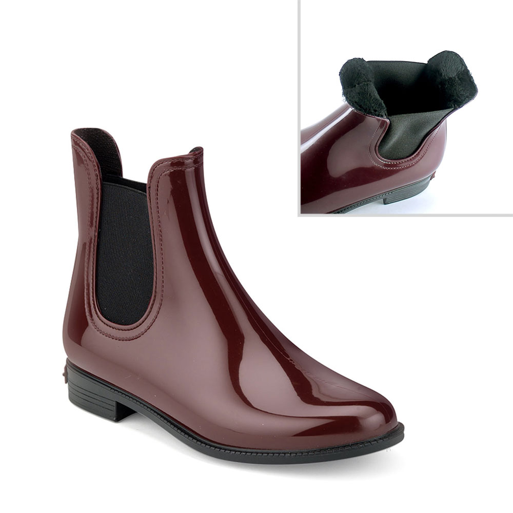 Chelsea boot in Bordeaux pvc with synthetic sheared faux fur lining
