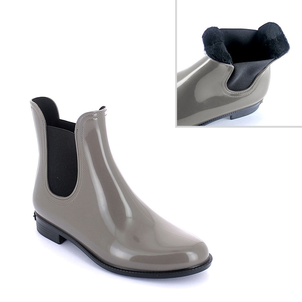 Chelsea boot in Taupe pvc with synthetic sheared faux fur lining
