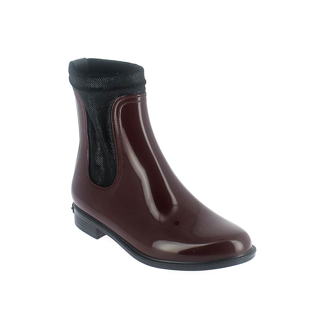 Chelsea boot in bordeaux pvc with stretch twill velvet lining