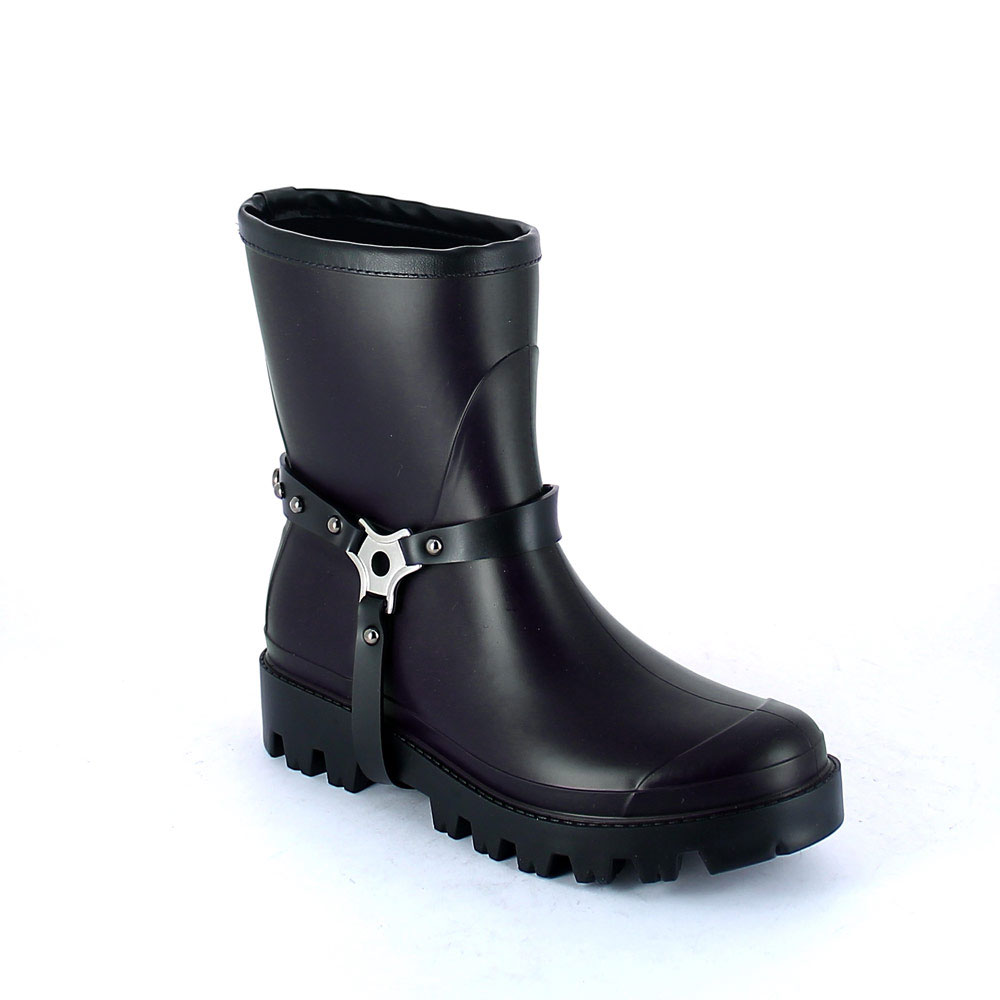Wellington low boot in Dark Royal pvc with studded stirrup