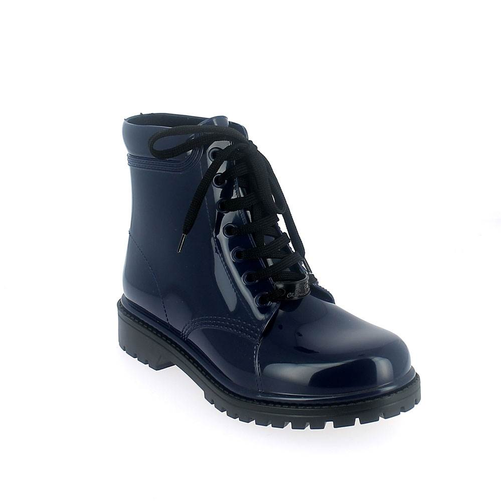 Short laced up boot in blue solid colour pvc