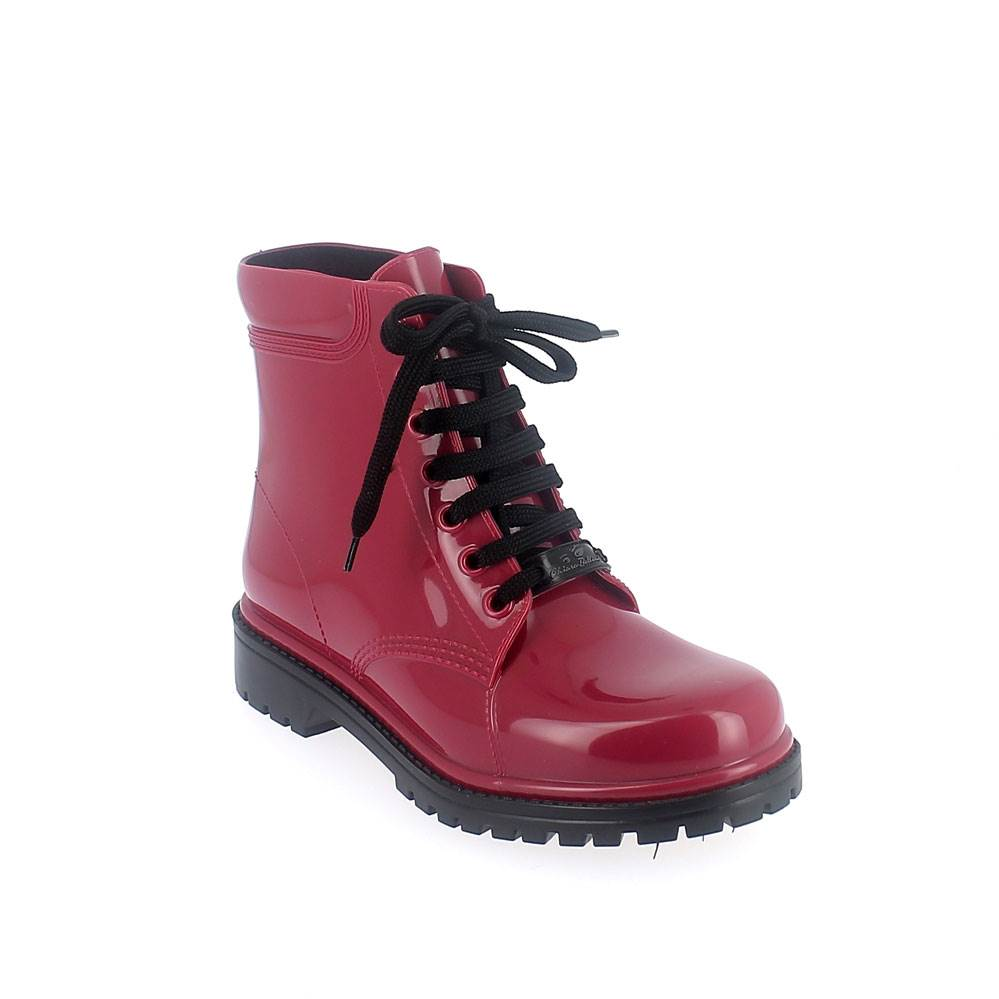 "Short laced up boot in ""suk"" solid colour pvc"