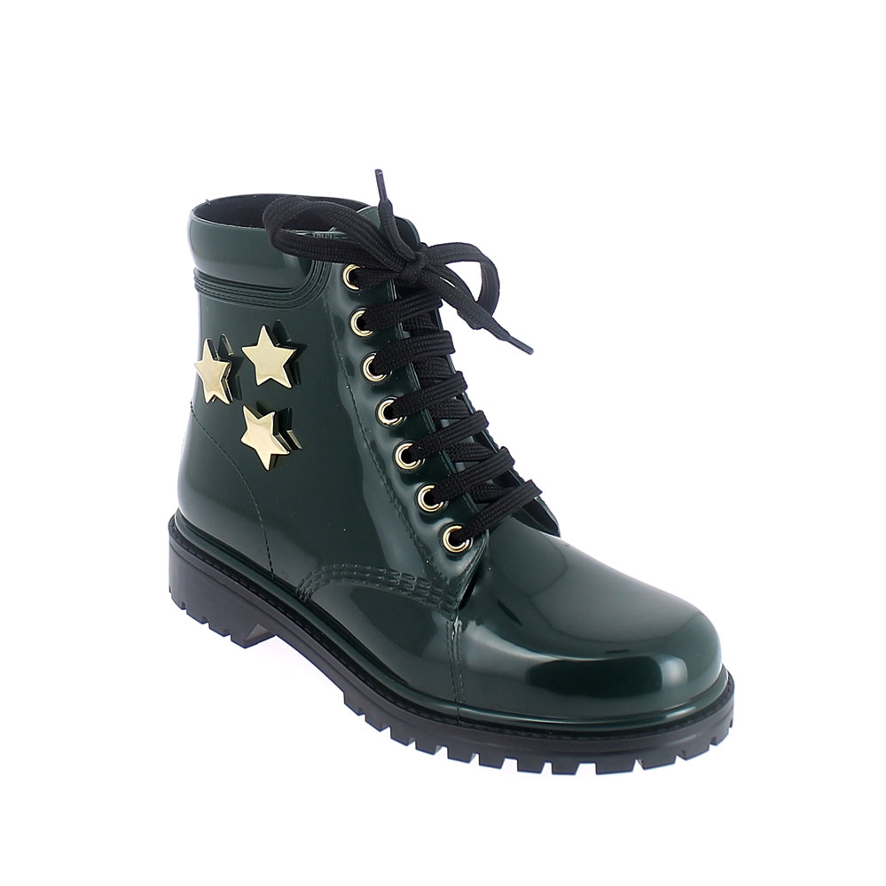 Short laced up walking boot in green pvc with gold stars