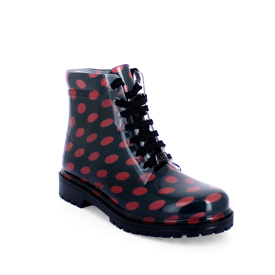 Short laced up boot with polka dot fantasy