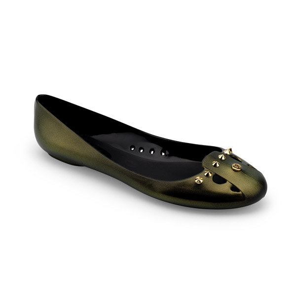 BALLET FLAT IN IRIDESCENT EFFECT PVC, WITH STUDS