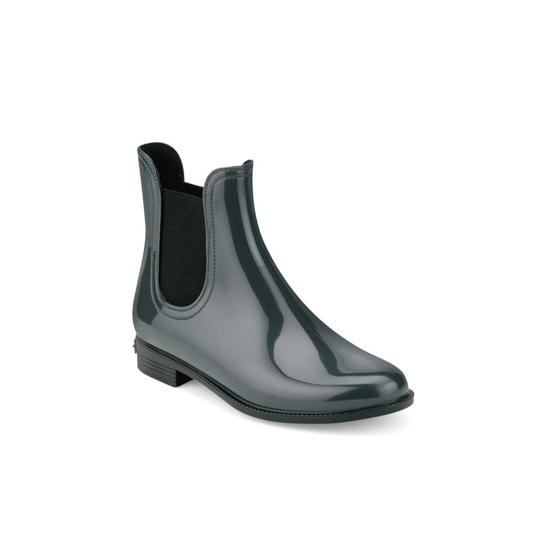Classic chelsea rain boot in bright pvc